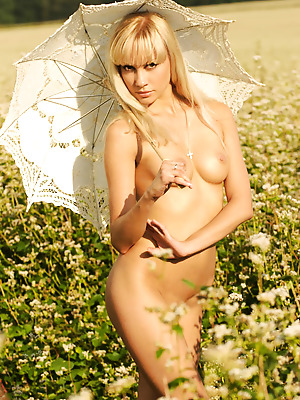 Just Nude  Ira  Model, Blondes, Erotic, Softcore, Rough