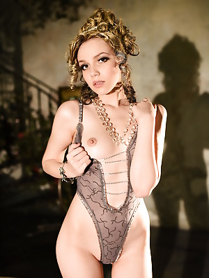Showy Beauty  Lily  Solo, Erotic, Softcore